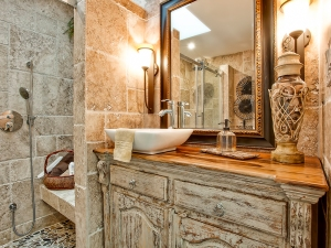 main-bathroom-executive-luxury-townhome-one-marilyn-23