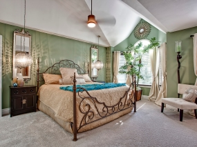 master-bedroom-executive-luxury-townhome-one-marilyn-16
