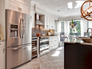 modern-kitchen-executive-luxury-townhome-one-marilyn-10