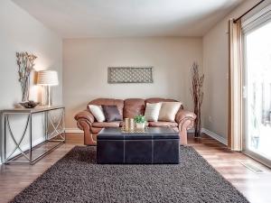 185-thaler-avenue-super-cute-kitchener-condo-living-room-2