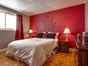 185-thaler-avenue-super-cute-kitchener-condo-master-bedroom-2